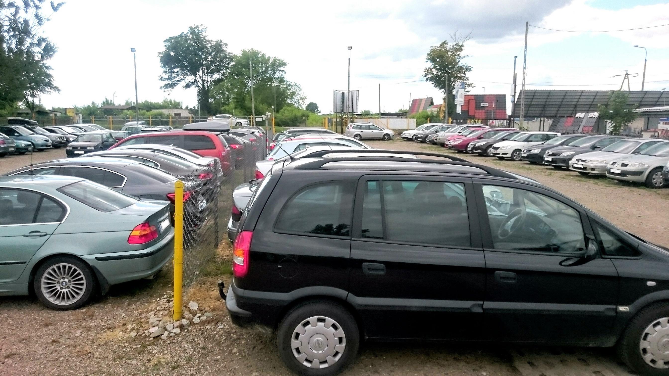parking-lotnisko-modlin