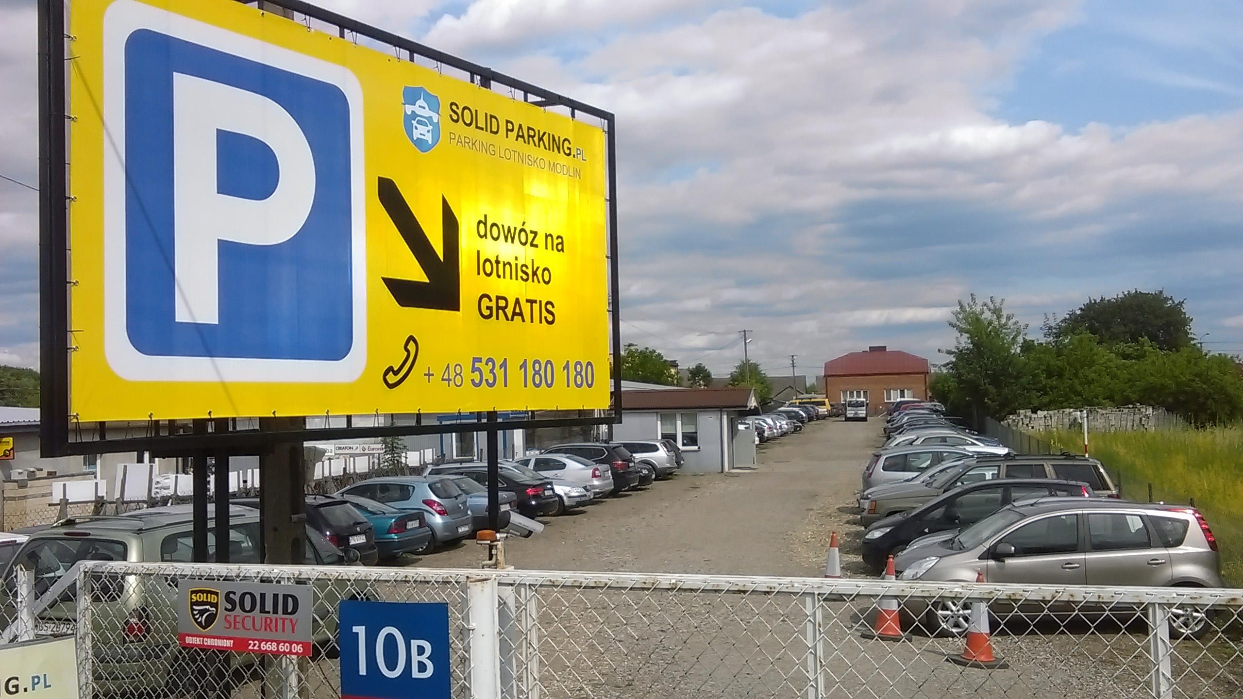 parking lotnisko modlin