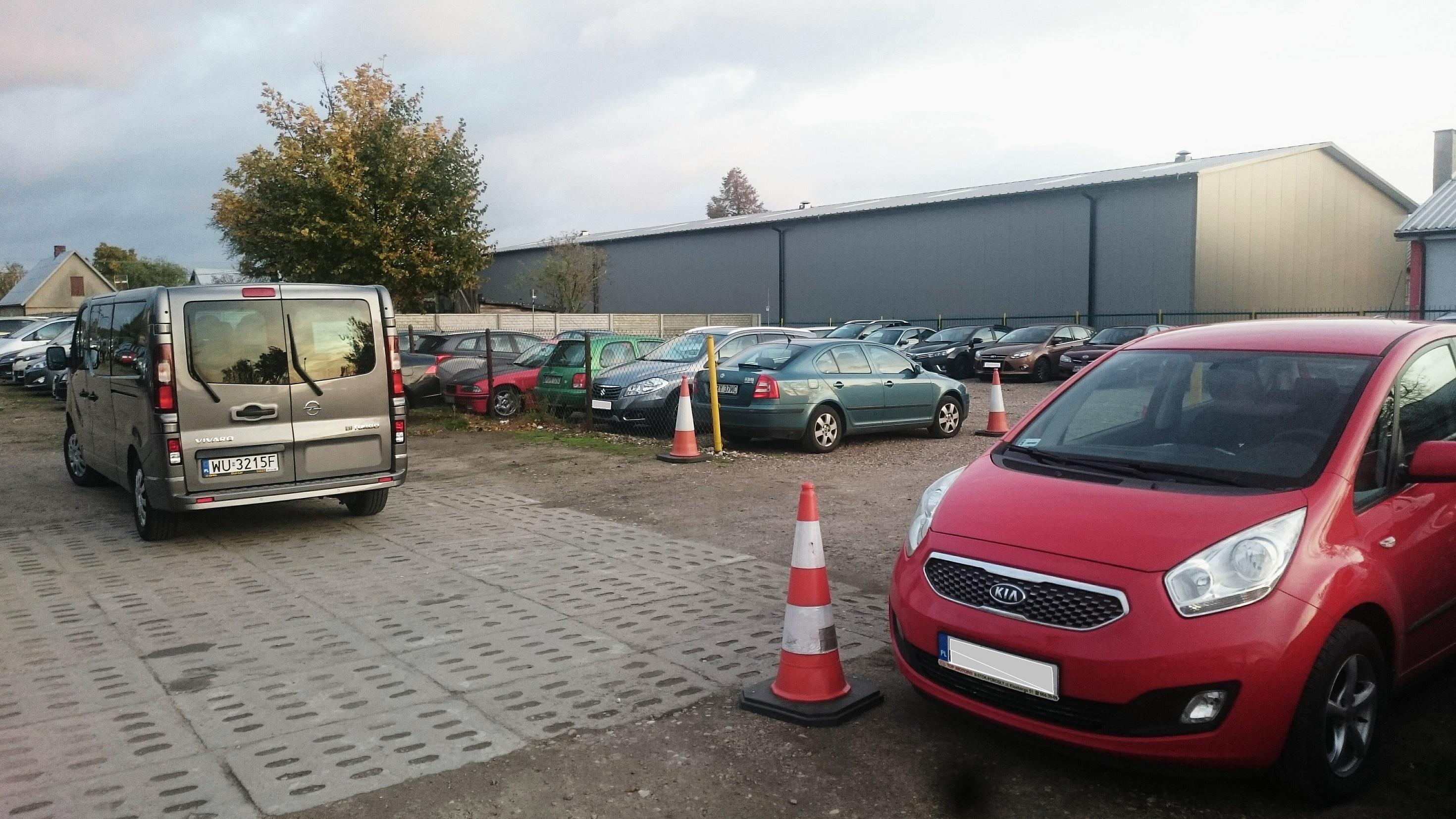 parking-modlin